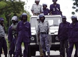Cops arrest 400