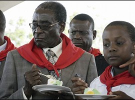 Robert Mugabe begins speaking tour across Zimbabwe aged 93