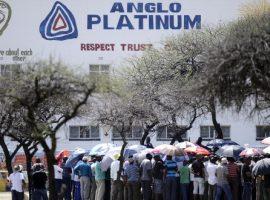 Platinum mines plot mass retrenchments