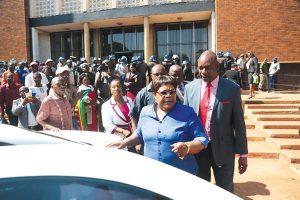 Mujuru wows war veterans